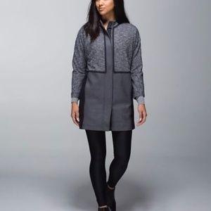 New Lululemon Women Cocoon Car Coat Grey/Black S